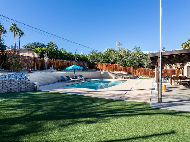 Cathedral City Cove Pool Home!, holiday rental in Cathedral City