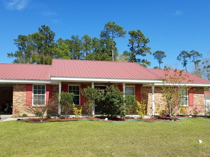 Close to Beaches,Casinos, FISHING,Water Parks,New Orleans,Mobile Ala,Florida – semesterbostad i Waveland
