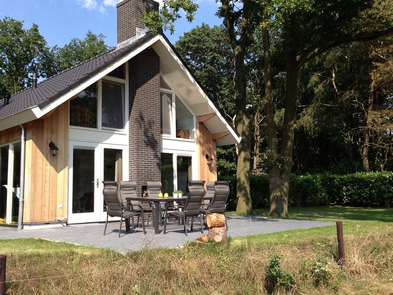 Enticing Holiday Home in Reutum with Sauna, alquiler vacacional en Uelsen