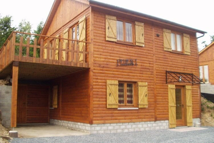 Cozy Holiday Home in La Roche-en-Ardenne with Sauna, vacation rental in La Roche-en-Ardenne