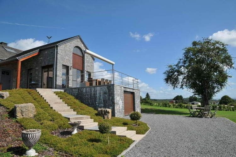 Luxurious home with a beautiful view over the valley of the Somme., holiday rental in Les Avins