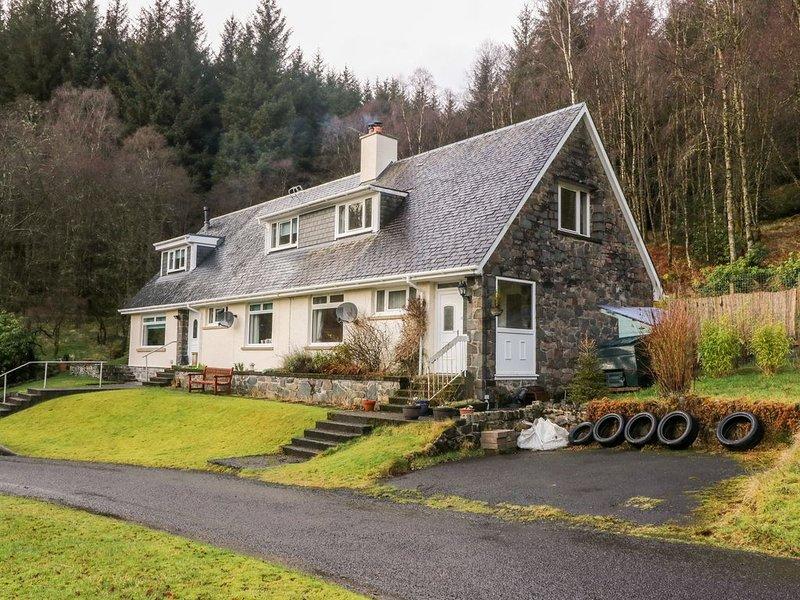 Glenfinglas Dam Cottage, CALLANDER, holiday rental in Strathyre