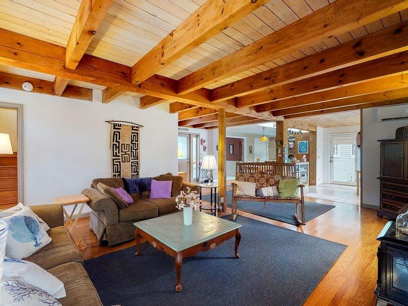 Spacious Wellfleet home w/ backyard patio, balcony & basement playroom!, vacation rental in Wellfleet