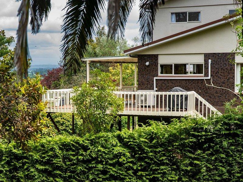 Close to village with views, aluguéis de temporada em Clive