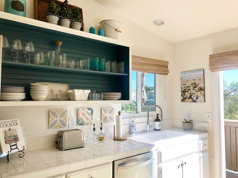 BEACH RETREAT in Dana Point- Walk to the beach with Pool & Spa, holiday rental in Ladera Ranch