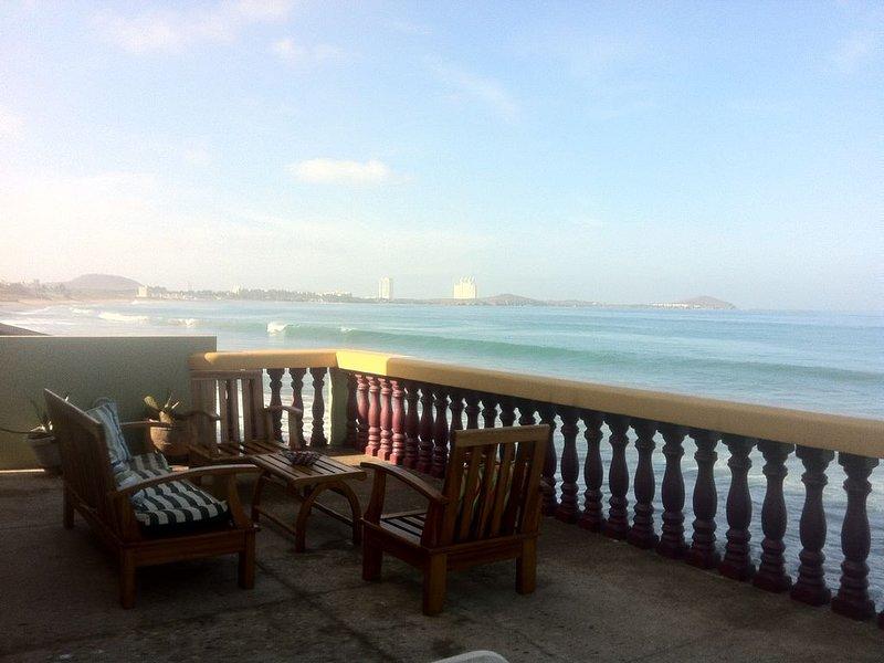 Private Beachfront Villa, location de vacances à Mazatlan