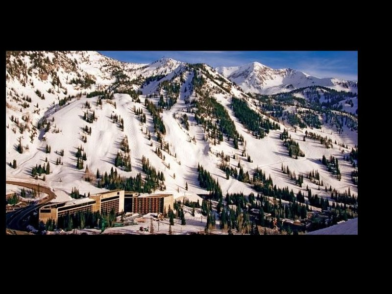 Snowbird Cliff Club Condo (7-14 March) Sleeps 10, Hot Tub, vacation rental in Snowbird