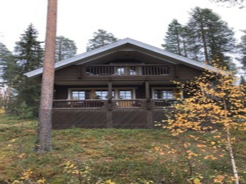 Traditional ski lodge in Lapland, vacation rental in Salla