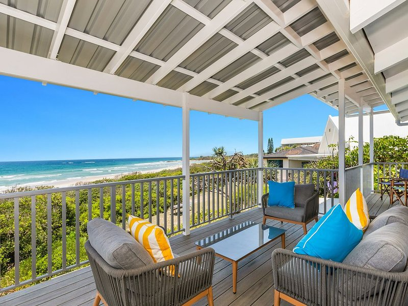SANDPIPER BEACH FRONT HOUSE, holiday rental in Cabarita Beach