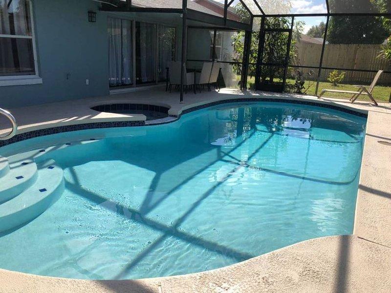 P · (P) NEW! Luxury, Pool house. Sleep 10+, aluguéis de temporada em Southport