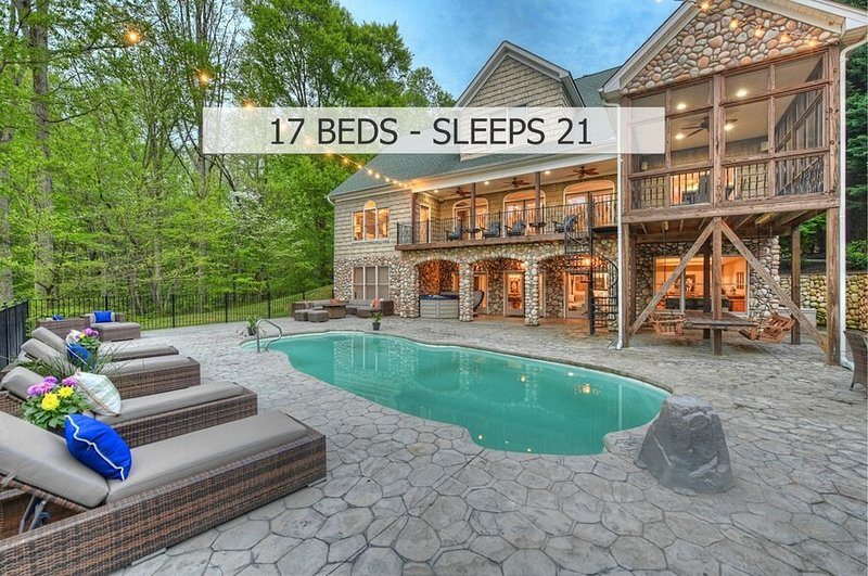 Huge Lakefront Vacation with optional boat rental, vacation rental in Mooresville
