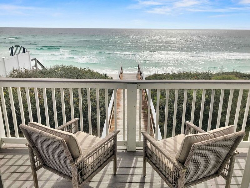 Gulf Front Condo - Close to Alys Beach and Rosemary, holiday rental in Rosemary Beach