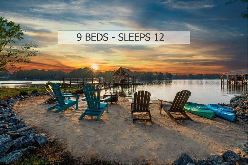 Lakeside Story Luxury Home, location de vacances à Lake Norman