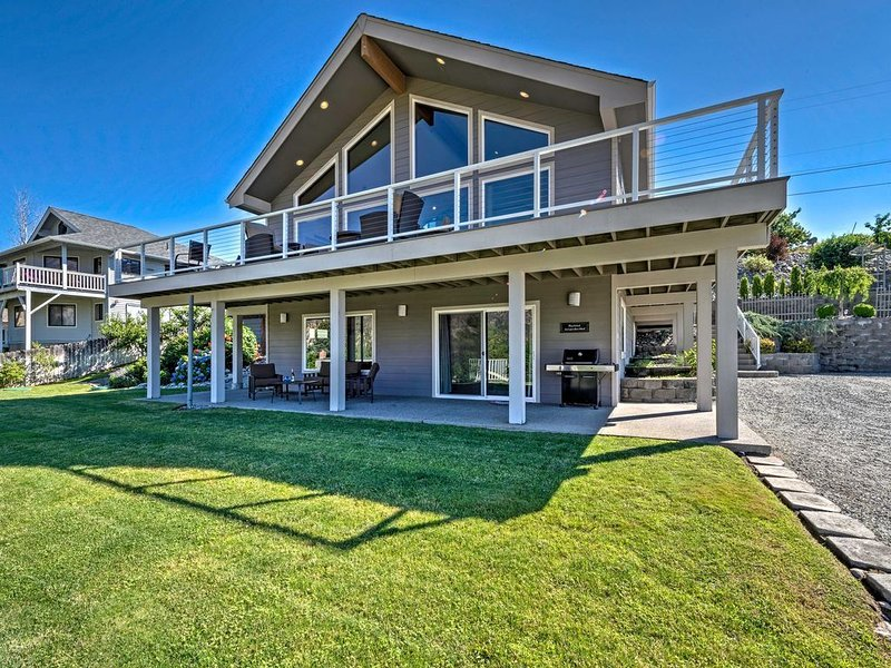 Luxury Home In Manson - incredible views- all modern amenities, holiday rental in Manson