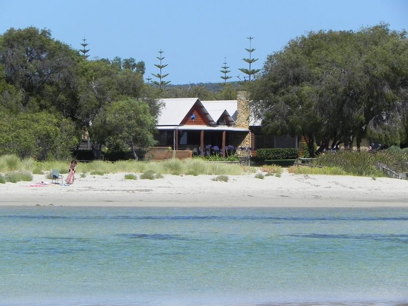 Beach House Dunsborough, location de vacances à Dunsborough