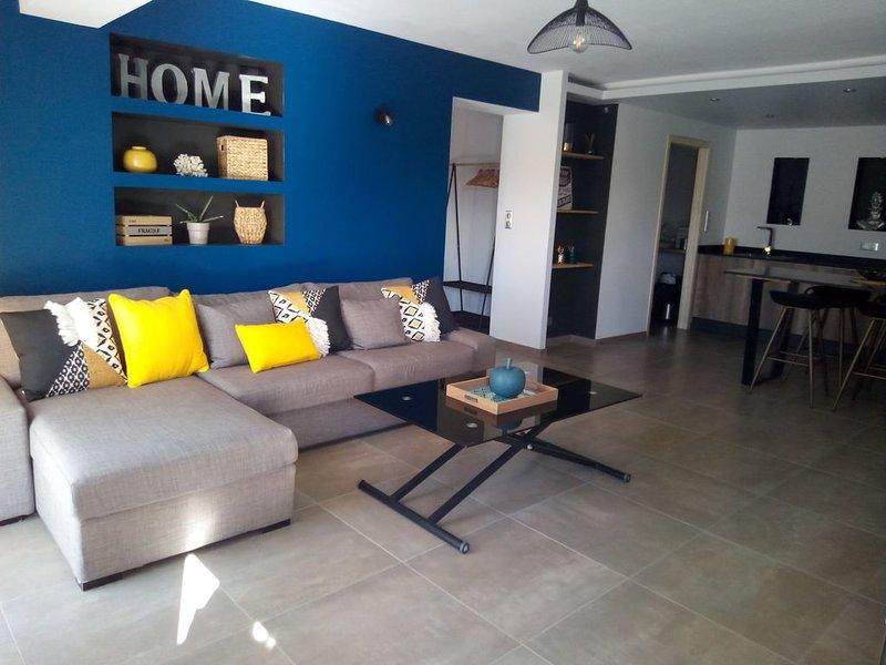 très bel appartement neuf rez de villa 75 m2 proche plage, aéroport et commerce, Ferienwohnung in Bastelicaccia