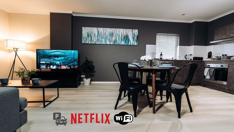 Central City Convenience - Free Parking & WiFi, vacation rental in North Perth
