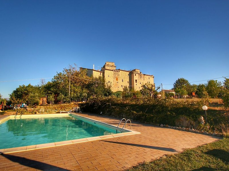 Castle in Gualdo Cattaneo with Swimming Pool,Garden,Bicycles, holiday rental in Macciano