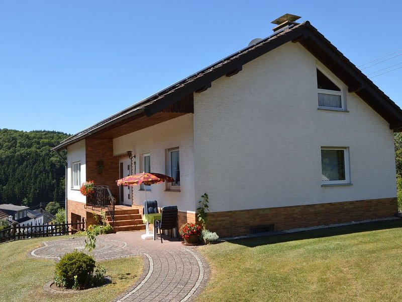 Splendid Holiday Home in Densborn with Terrace, holiday rental in Densborn