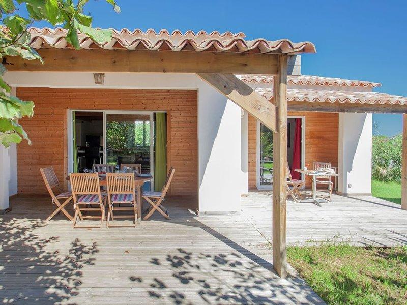 Charming Villa in Poggio-Mezzana Near Beach, casa vacanza a Poggio-Mezzana