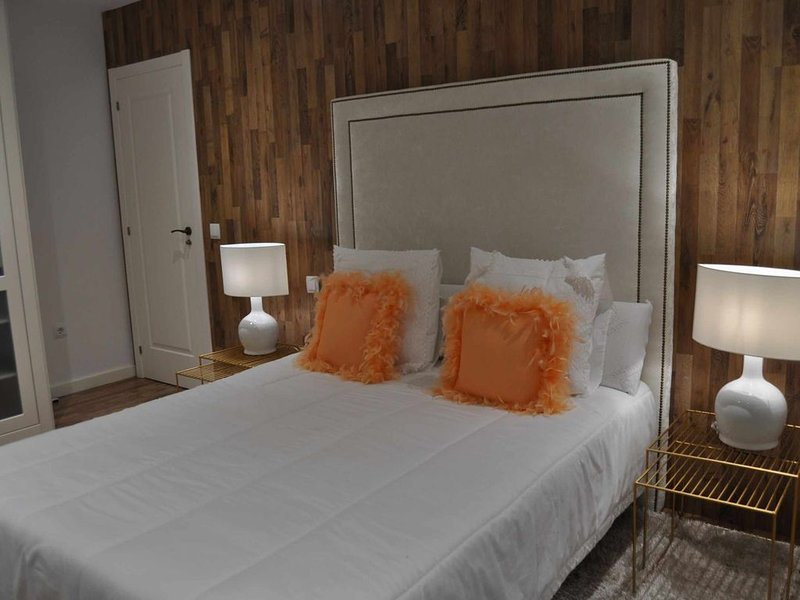 LAR DE SALGUEIRA. Casa a estrenar con exquisita decoración., holiday rental in Noalla