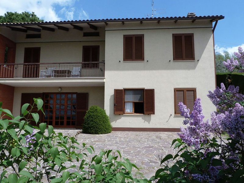 Quaint Holiday Home in Magione with Garden, vacation rental in Magione