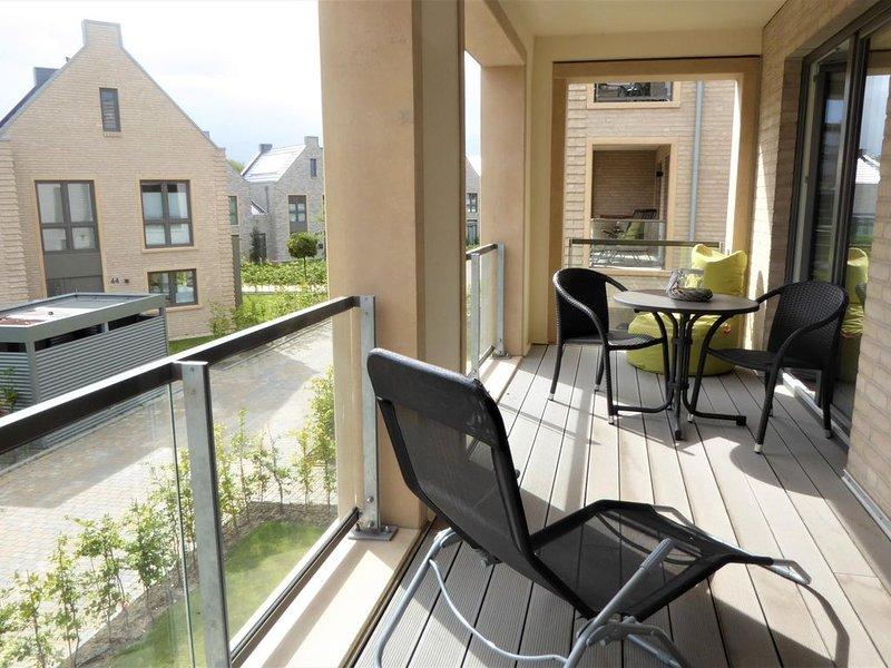 Die Wohnung Friesland 4 bietet Ihnen eine erholsame Auszeit zu Zweit! Wellness,, holiday rental in Zetel