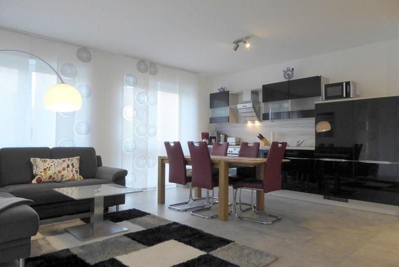 Dieses charmante Premium-Apartment für 4 Personen ist genau das Richtige für sch, holiday rental in Zetel