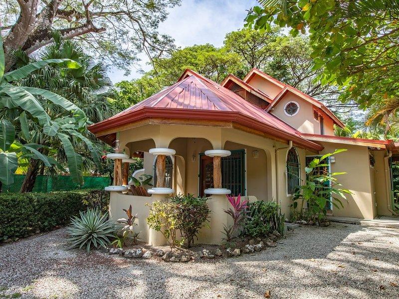 Casa Rio Mar - Pelada Cottage, alquiler de vacaciones en Ostional