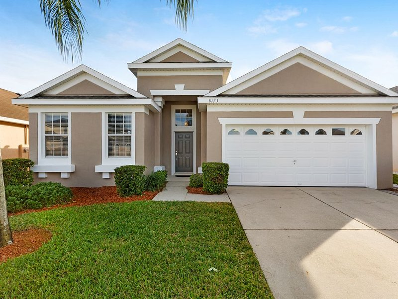 **3 MILES TO DISNEY'S MAIN GATE**5STAR 4BD 3BTH HOME w/SOUTH FACING POOL+GAME RM, location de vacances à Four Corners