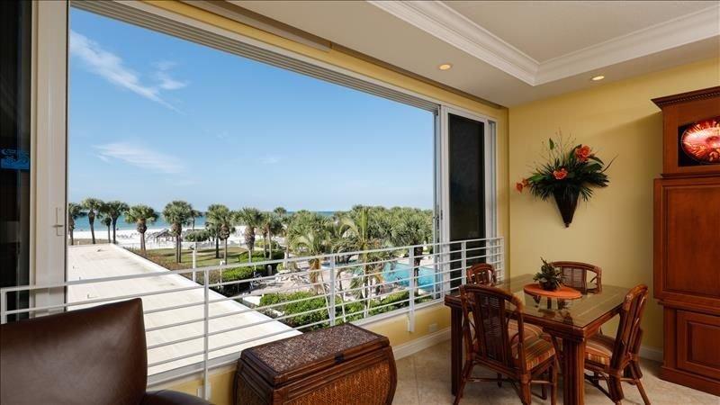 Beach View 1 bedroom 103, casa vacanza a Gulf Gate Estates