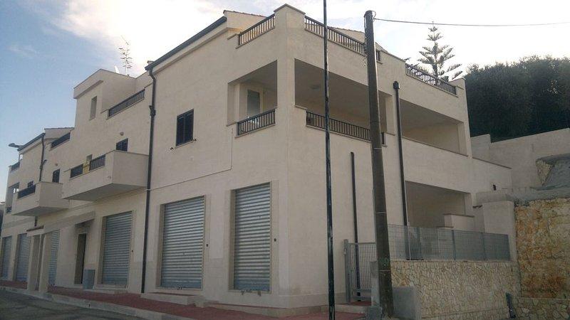 Appartamento con entrata autonoma a Vieste, dedicato alle famiglie tipologia H, Ferienwohnung in Vieste