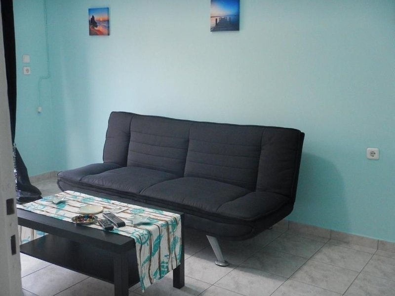 Modern sea view apartments, vacation rental in Artemida