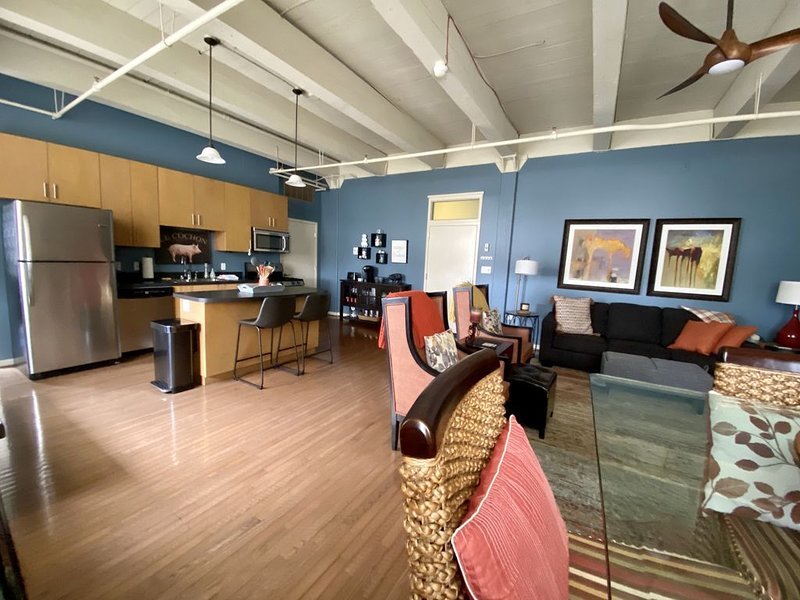 5-Star Stay in Prime Location! Downtown Louisville close to it all!, location de vacances à Jeffersonville
