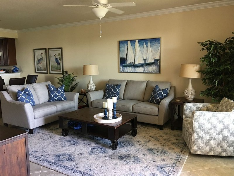 Lakewood National Golf Club.  Golfers and active adults will love this property, holiday rental in Myakka City