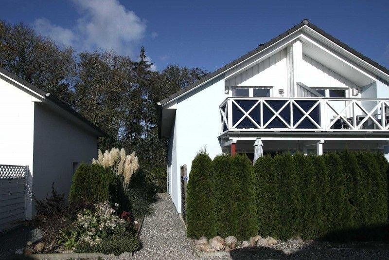 Hochwertige Doppelhaushälfte mit Meerblick und Garten, holiday rental in Oldenburg in Holstein