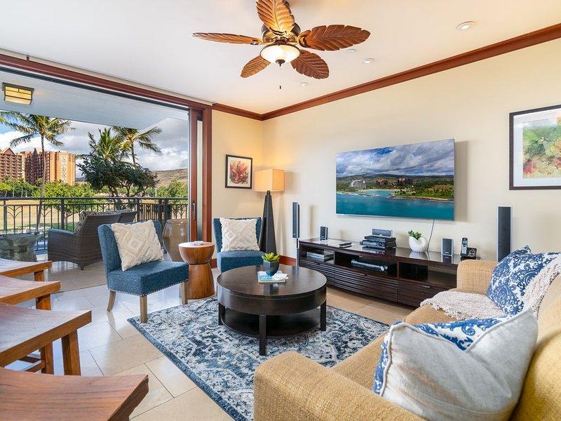 Beautifully Upgraded Beach Villa! Pool, Beach, Free WiFi & Parking, alquiler vacacional en Kapolei