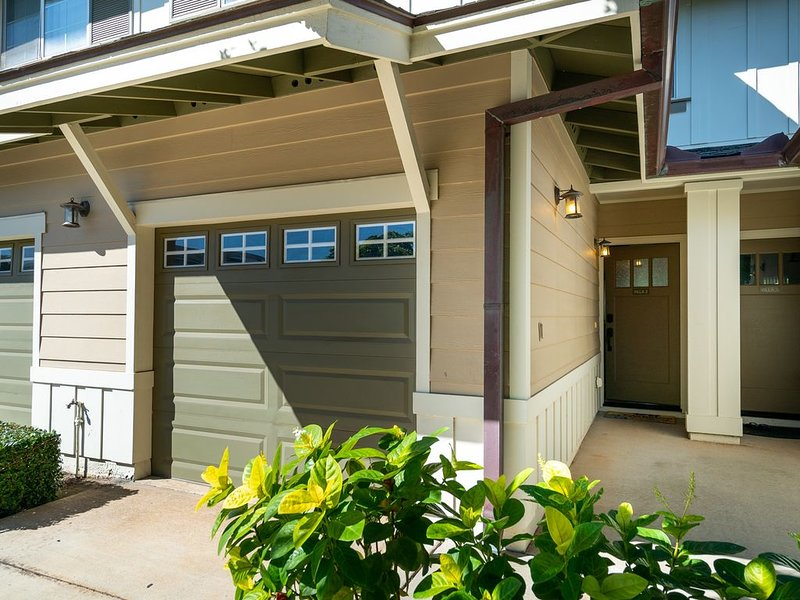 Poolside Ko Olina Hillside Villa, Upgraded, WiFI, Smart TV, Family Friendly, location de vacances à Waipahu