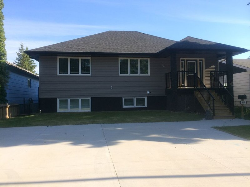 A place for families to gather., vacation rental in Saskatoon