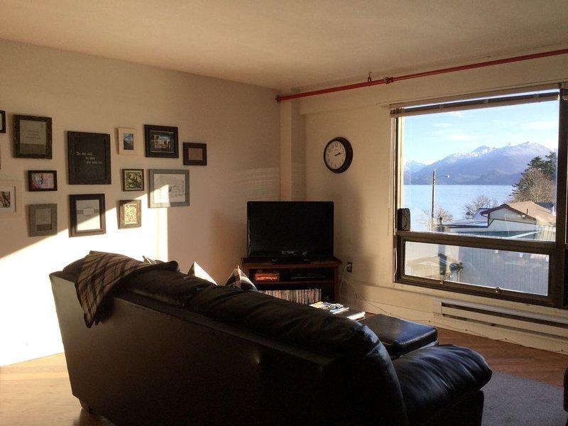 Studio Downtown Apt. 7 w/ Ocean & Mountain Views, vacation rental in Sitka
