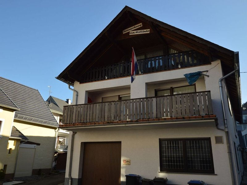 Lovely Holiday Home in Veldenz near Mosel River, location de vacances à Rapperath