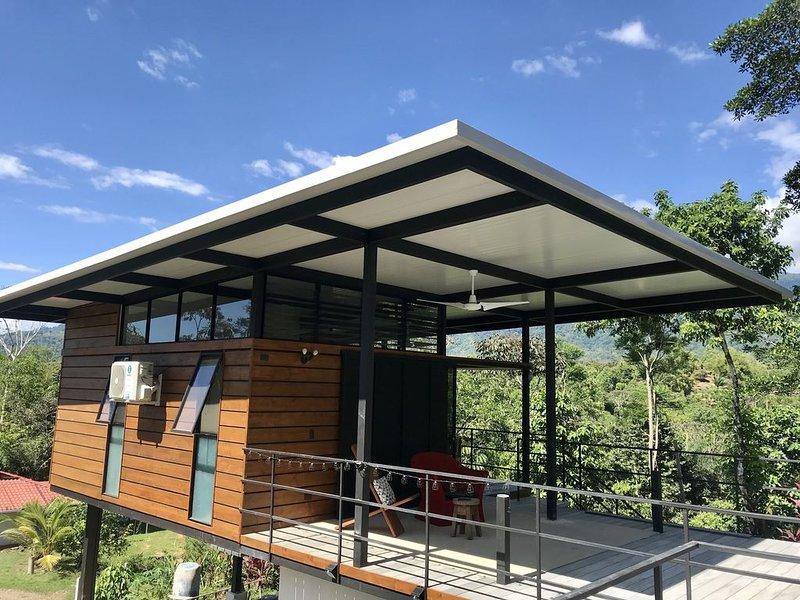 Modern Jungle Cabina, casa vacanza a San Buena