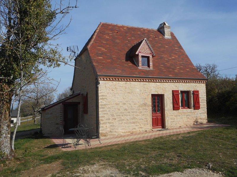 Petite maison Quercynoise en plein centre du département du Lot. (Gite 3 places), location de vacances à Montfaucon