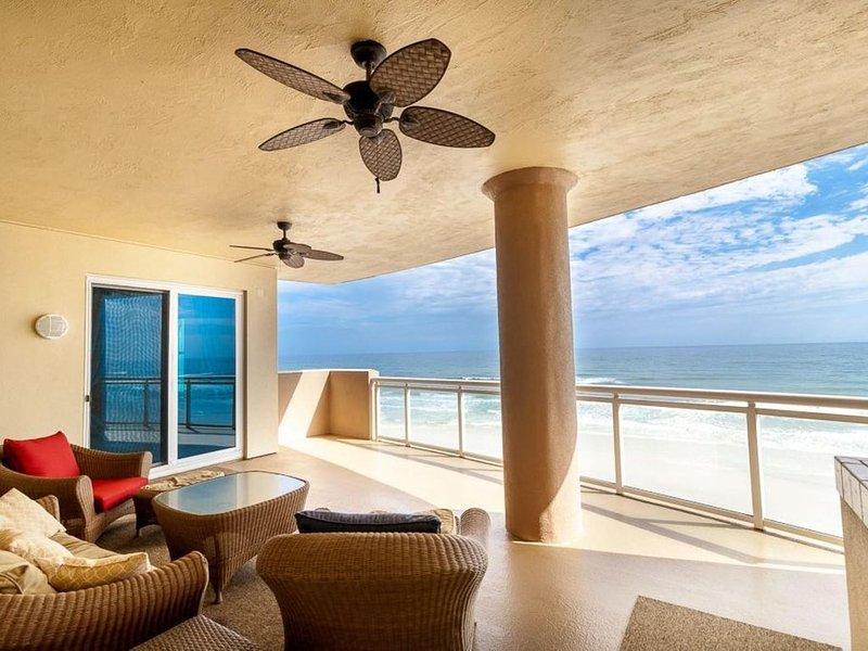 Luxurious 6th Floor Direct Ocean Front 3 Bedroom 3 bath Condo - HUGE balconies, vacation rental in Daytona Beach