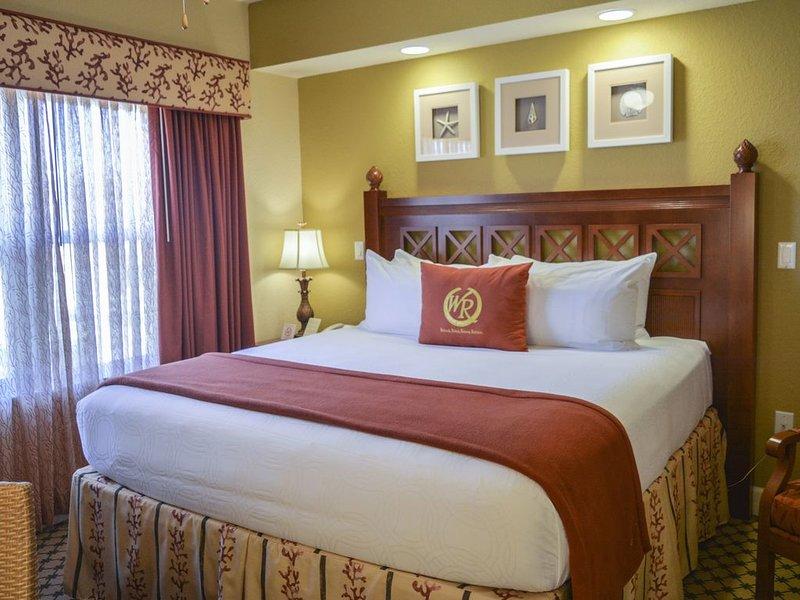 LUXURY RESORT ONE BEDROOM  NEAR DISNEY UNIVERSAL SEA WORLD, casa vacanza a Windermere