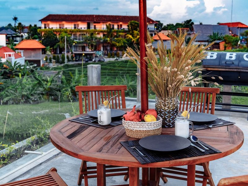 BLUE DREAM VILLA CANGGU 2 BEDROOMS, alquiler de vacaciones en Tibubeneng