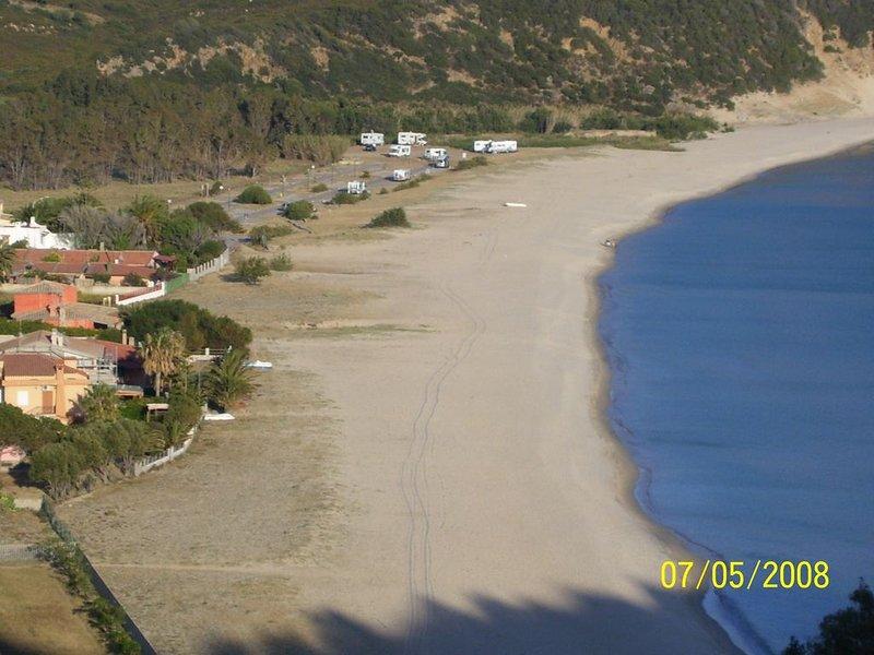 Villa sulla spiaggia direttamente sul mare !, location de vacances à Solanas