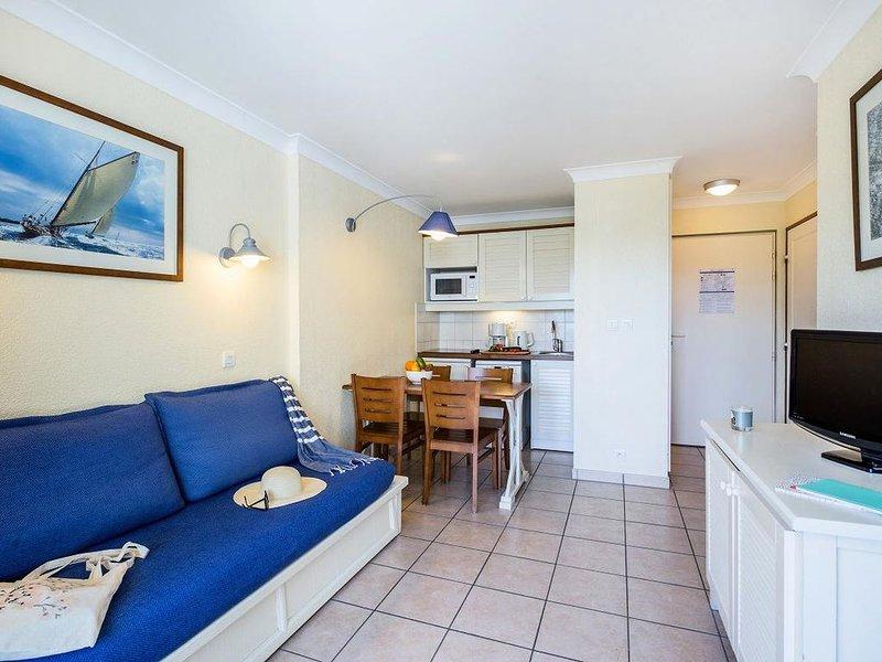 Résidence Pierre & Vacances Bleu Marine - Appartement 3 Pièces 5/6 Personnes Sta, vacation rental in Lacanau