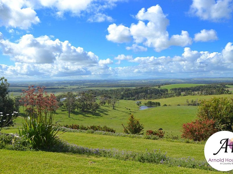 Arnold House - Beautiful Country Retreat - The Anastasia Suite., location de vacances à Yanakie