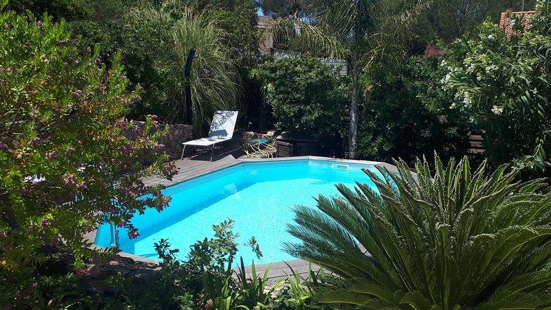 Villa bord de mer 8 personnes, casa vacanza a Le Pradet